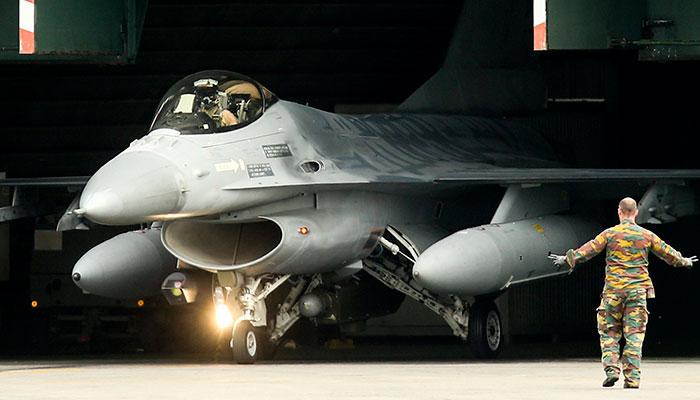 Британские истребители присоединятся к патрулям НАТО над Черным морем